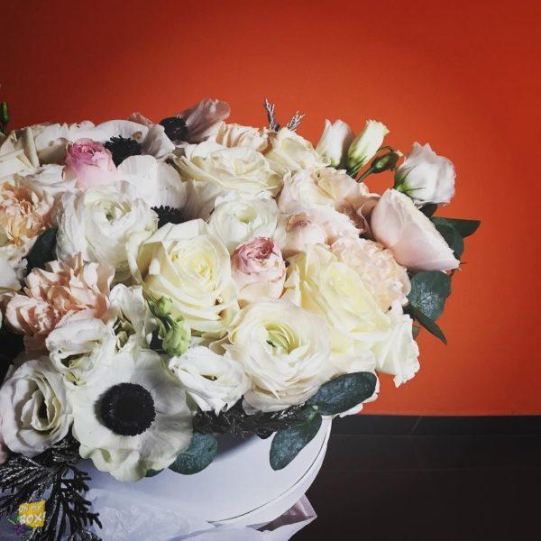 Корзина цветов #78